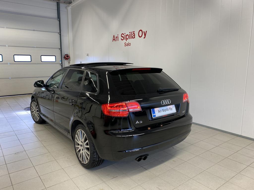 Audi Audi A3, HUIPPUVARUSTELTU PANORAMA KATTO  AUTOMAATTI  VAKKARI YM YM
