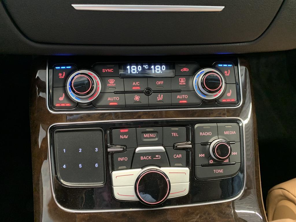 Audi A8 L, HUIPPUVARUSTEILLA YÖ-KAMERA 3XTV JÄÄKAAPPI WEBASTO  YM YM