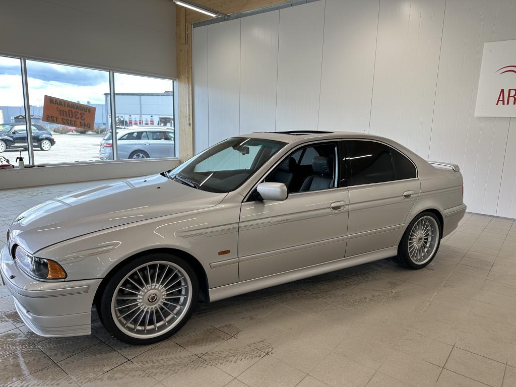 BMW ALPINA B10  Alpina B10, TODELLINEN YKSILÖ AJETTU VAIN 29TKM AITO ALPINA 4.6 B 10 HUIPPUIVARUSTEILLA