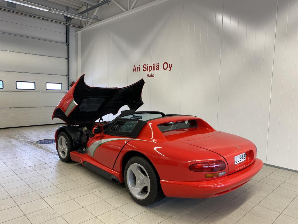 Dodge VIPER, 2D VIPER 8.0 HARVINAINEN YKSILÖ AJETTU VAIN 25000 KM