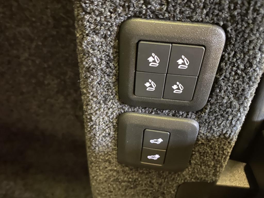 Land Rover Range Rover, BLACK EDITION PANORAMA WEBASTO  IMU OVET YM YM REK. RR-400