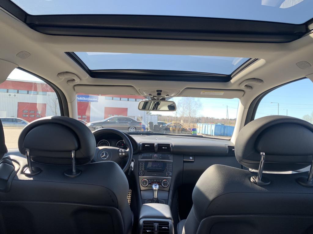 Mercedes-Benz C 220 CDI, KATSASTETTU 2019 COUPE 220 DIESEL AJETTU VAIN 59 TKM HUIPPU VARUSTEILLA WEBASTO PANORAMA KATTO L. NAHKA P.  YM. YM