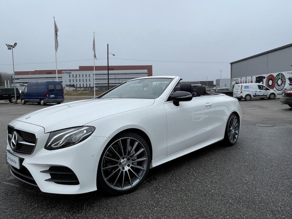 Mercedes-Benz E 200, AMG STYLING PACKAGE  9-SPEED AUTOMATIC  LEATHER - BLACK  AMG 19