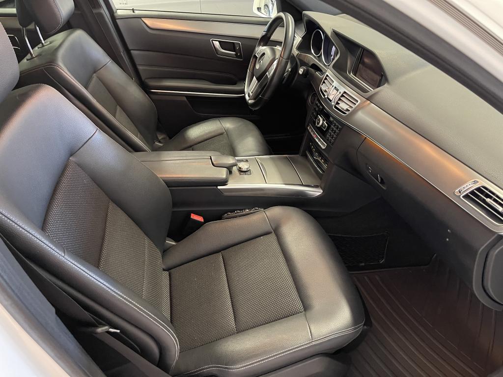 Mercedes-Benz E 350 Bluetec 4MATIC, AMG STYLING PACKAGE WEBASTO NAVI NELIVETO DYNAMIC LED HEADLAMPS   HUIPPU YKSILÖ