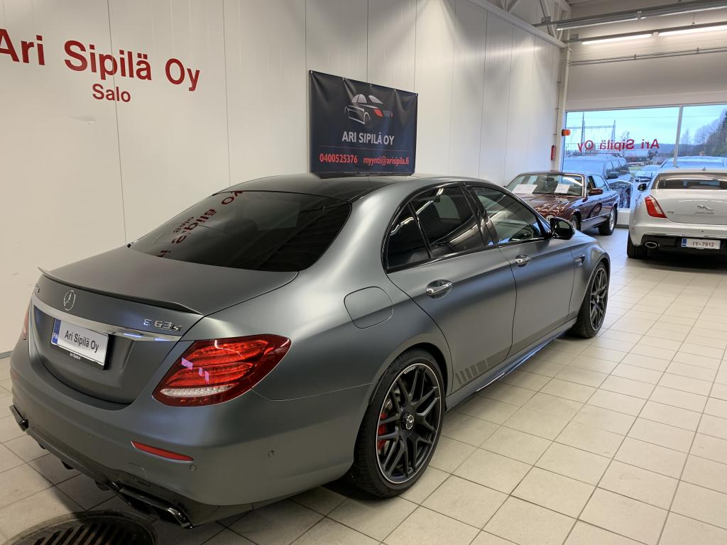 Mercedes-Benz E 63 AMG,  E 63 AMG S 4M+ EDITION 1 HUIPPUVARUSTEILLA  AMG DRIVER PACKAGE