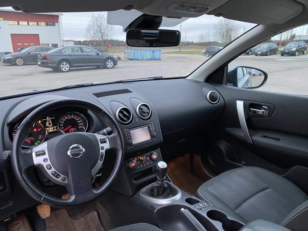 Nissan Nissan Qashqai, Farmari AUT.ILMASTOINTI VETOKOUKKU