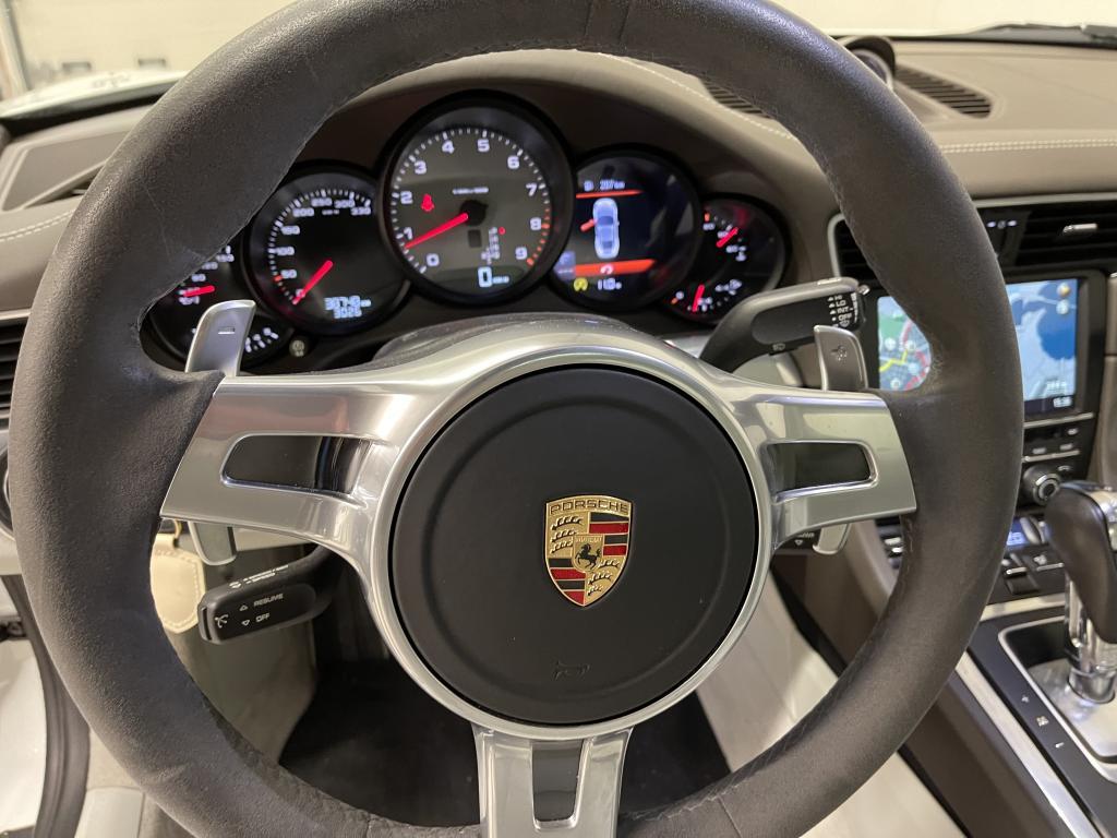 Porsche 911 CARRERA 4S, HUIPPUVARUSTEILLA 4S AEROKIT PANORAMA20 PASM  SPORT CHRONO  CRUISE NAVI YM YM