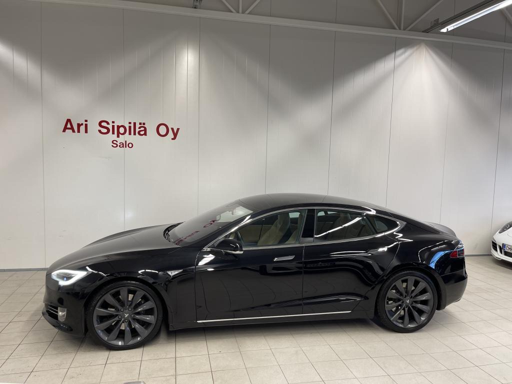 Tesla Motors Model S, VÄHÄN AJETTU 90D 21