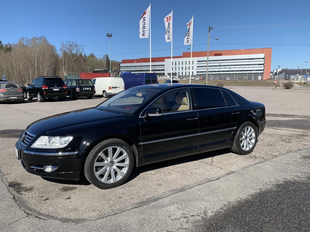 Volkswagen, VW Phaeton, V12  4X4 HUIPPUVARUSTEILLA   KATTO.L  4X SÄHKÖPENKIT HIERONNALLA