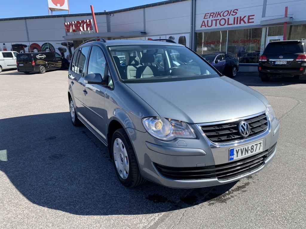 Volkswagen Touran, 1.9 DIESEL HUIPPU SIISTI  JUURI HUOLLETTU