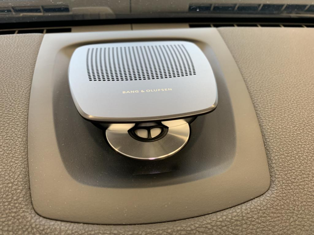 bmw 740, X DRIVE HUIPPUVARUSTEILLA
