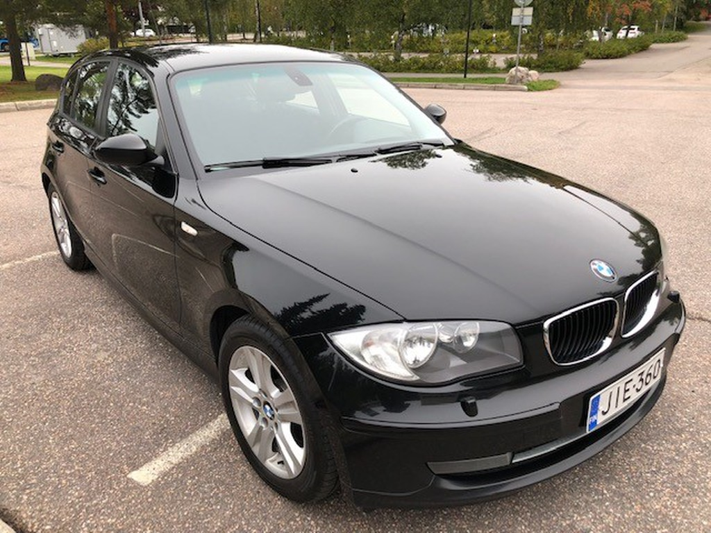 BMW 120d 120 2.0 TEHOKAS 176 HV DSL AUTOMATIC TÄYDELLINEN MERKKILIIKKEEN HUOLTOHISTORIA RAHOITUS VAIN 0, 99%
