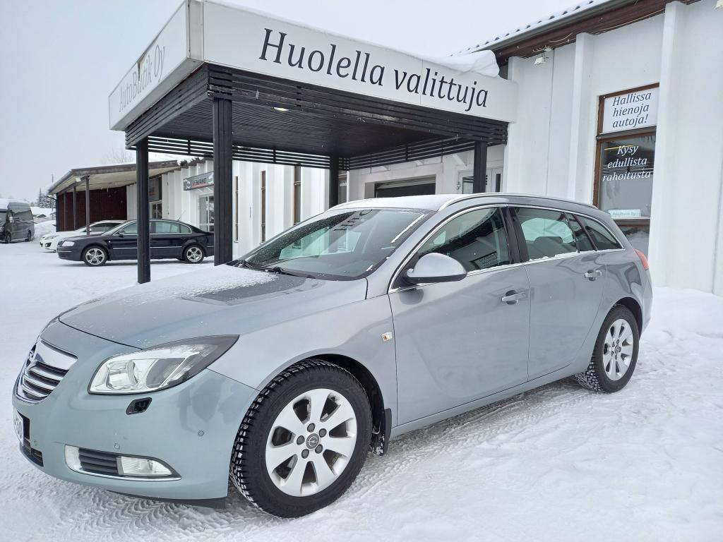 Opel Insignia SPORTTOUR EDITION 2.0CDTi 130 hv STW AUTOMATIC