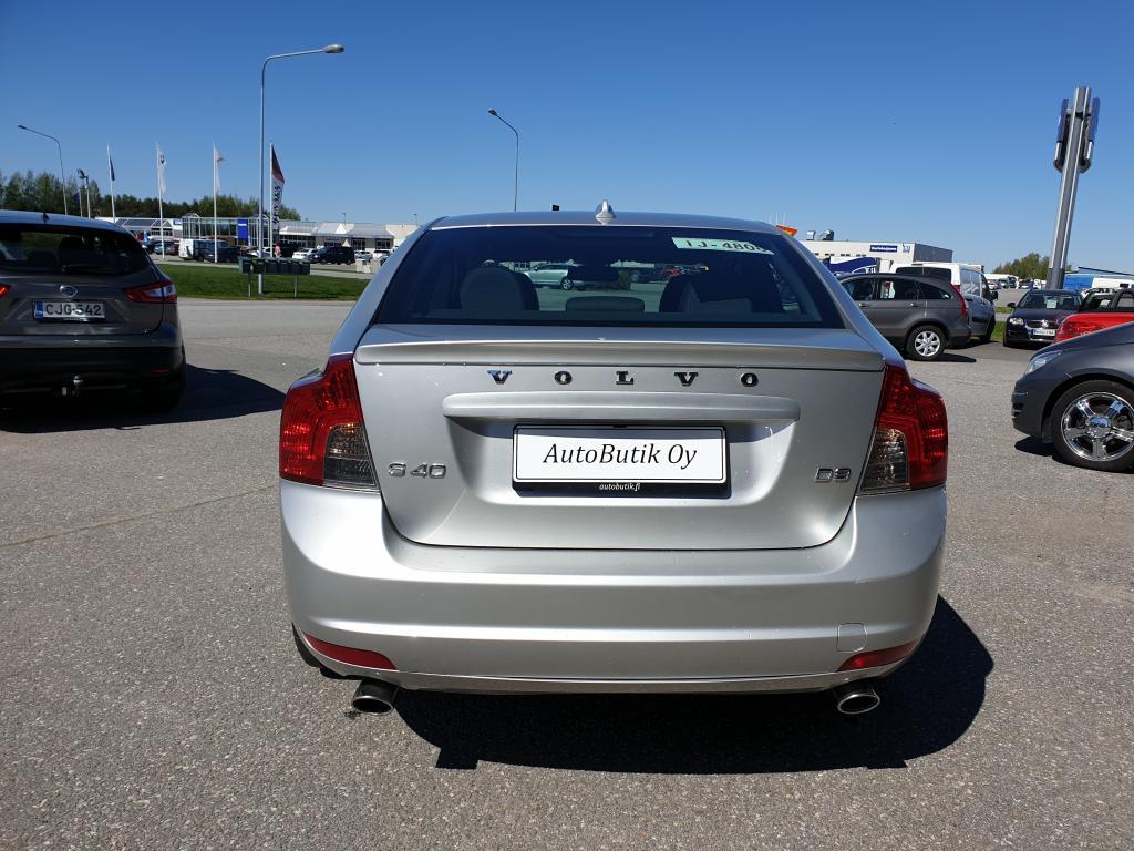Volvo S40 D3 150 HV AUTOMAT. VAHVA VÄHÄN AJETTU DIESEL JOKA TARKASTI MERKKILIIKKEESSÄ HUOLLETTU!  WEBASTO RAHOITUS VAIN 0, 9%
