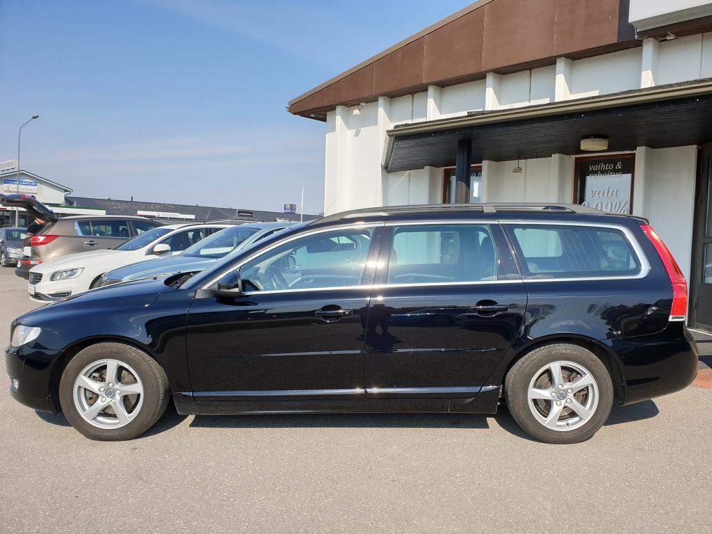 Volvo V70 D2 115 HV YOUR MOMENTUM  KESKIKULUTUS 4.2/100km co2 109g. RATINLÄMMITIN WEBASTO  RAHOITUS VAIN 0, 99%