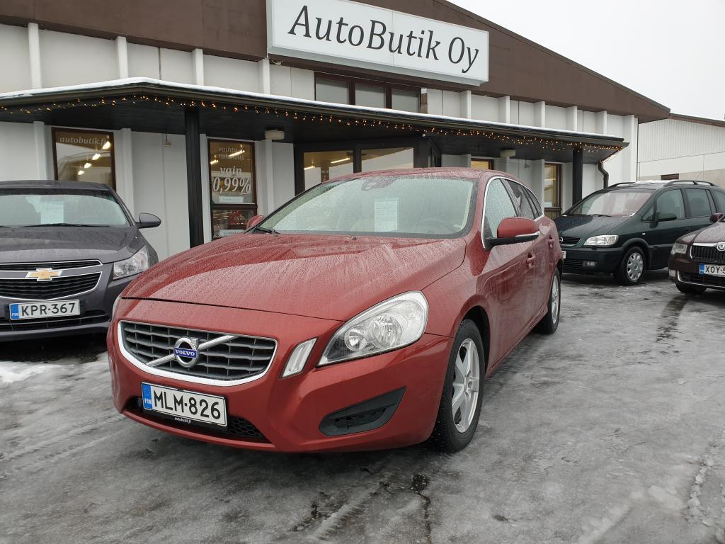 Volvo V60 D5 205 HV MOMENTUM AUTOMATIC TEHOKAS AUTO TÄYDELLINEN HUOLTOKIRJA UUDET NOKIA TALVIRENKAAT RAHOITUS 0, 99%
