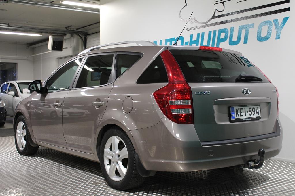 Kia Ceed, 1, 6 CRDi EX SW #Hyvin pidetty #Vakionopeudensäädin #Suomi-auto #Automaatti