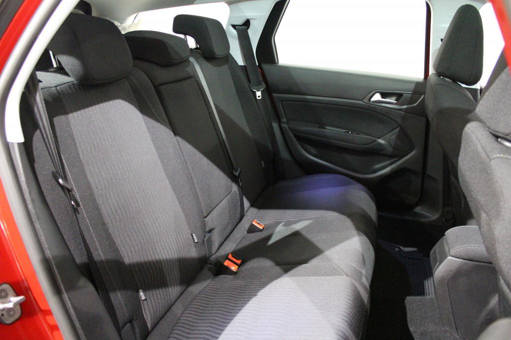 Peugeot 308, SW Active PureTech 130 #1-omisteinen #Panoramakatto #Tutkat #Huippusiisti