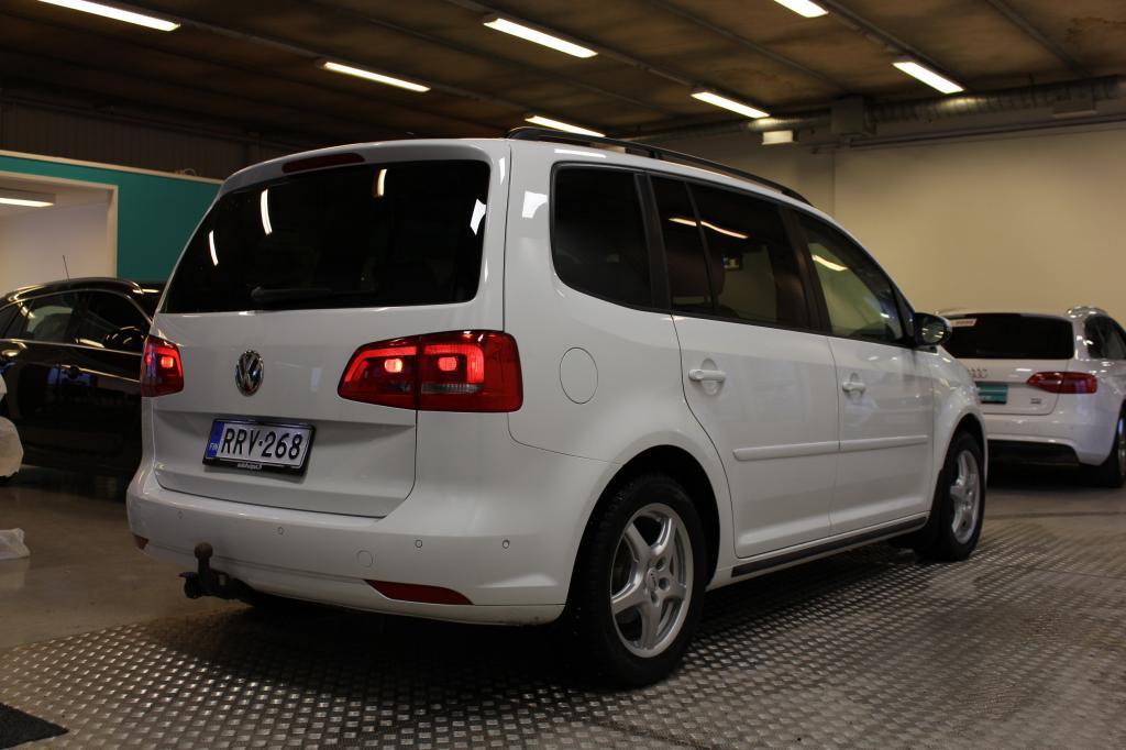 Volkswagen Touran, 2, 0 TDI 103 kW (140 hv) #Suomi-auto #Bi-xenonit #Webasto #Navi