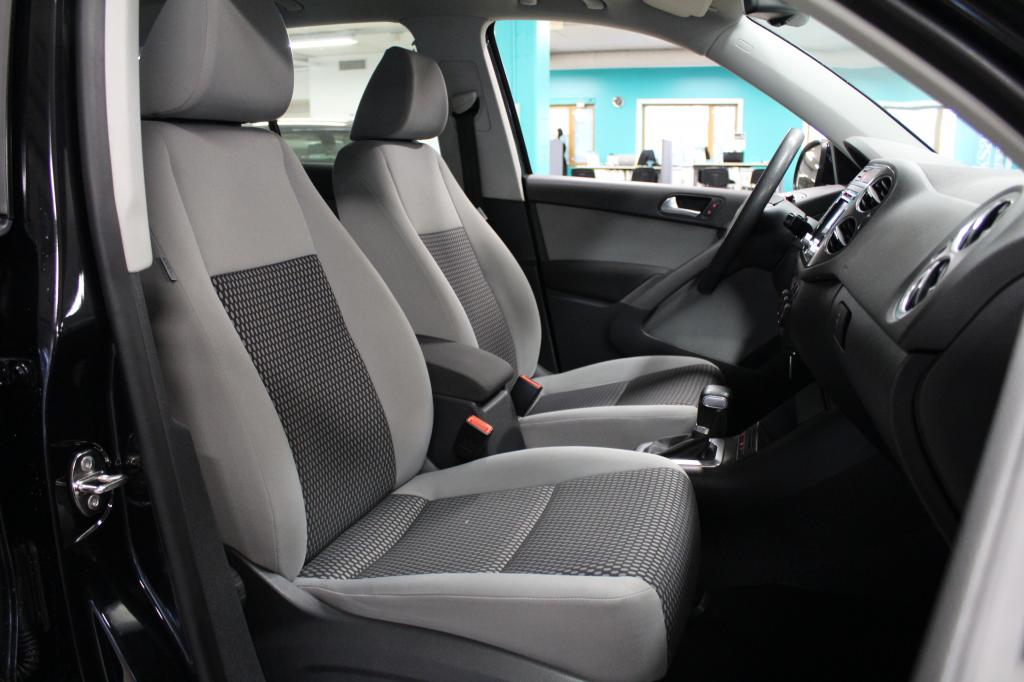 Volkswagen Tiguan, Trend & Fun 2, 0 TDI 103kW,  Tiptronic-autom. 4MOTION #Asiallinen! #Kivat varusteet!
