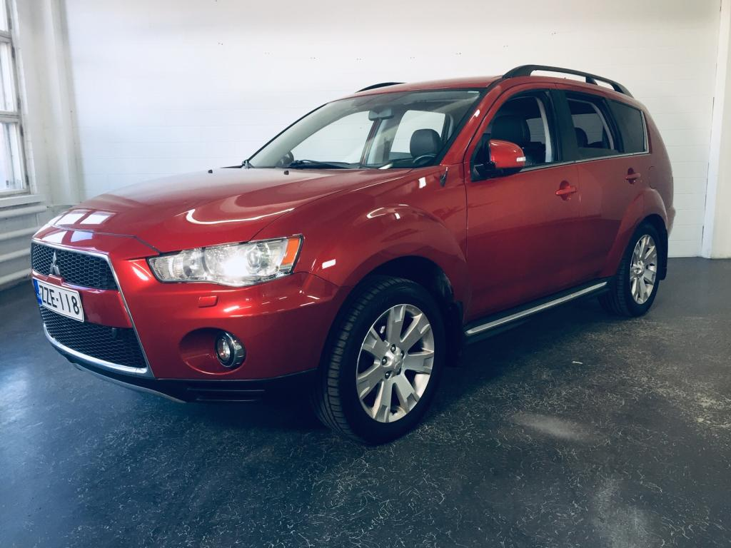 Mitsubishi Outlander 2.2 HDI Instyle Navi TC-SST A Business