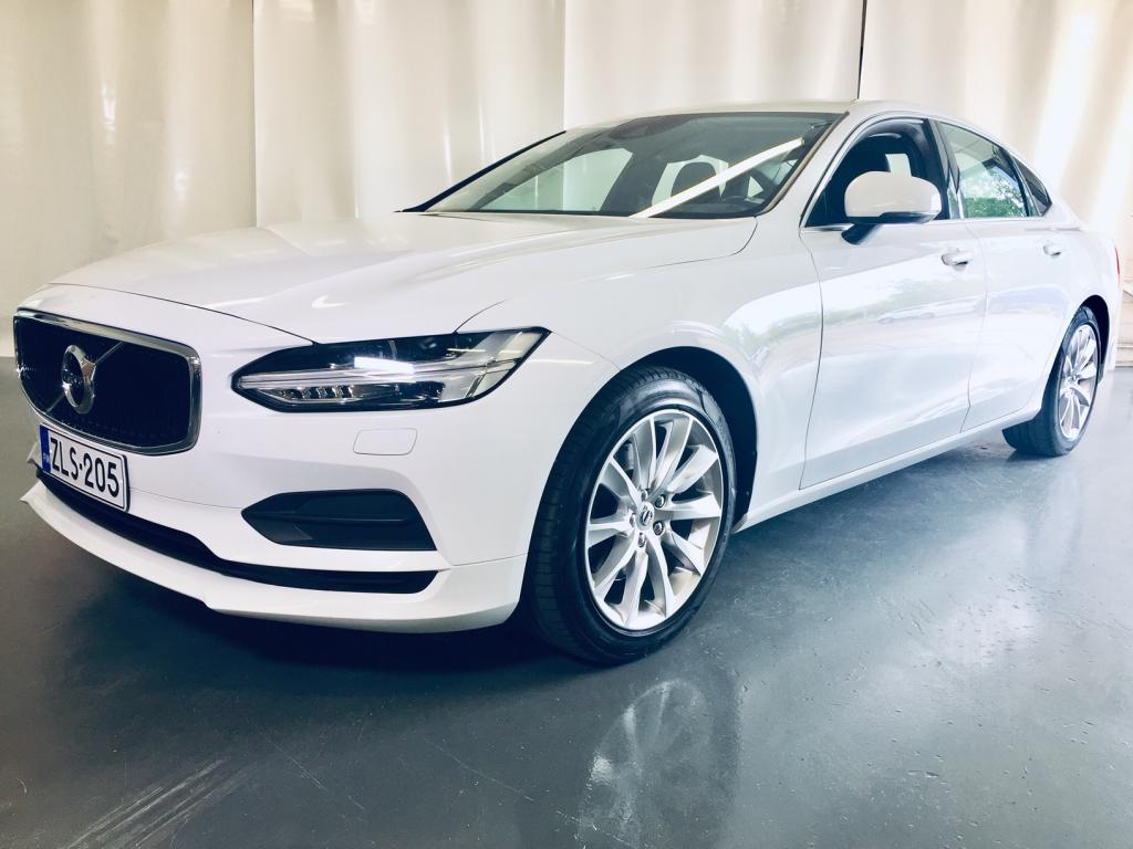 Volvo S90 D3 Momentum A (MY18.1)