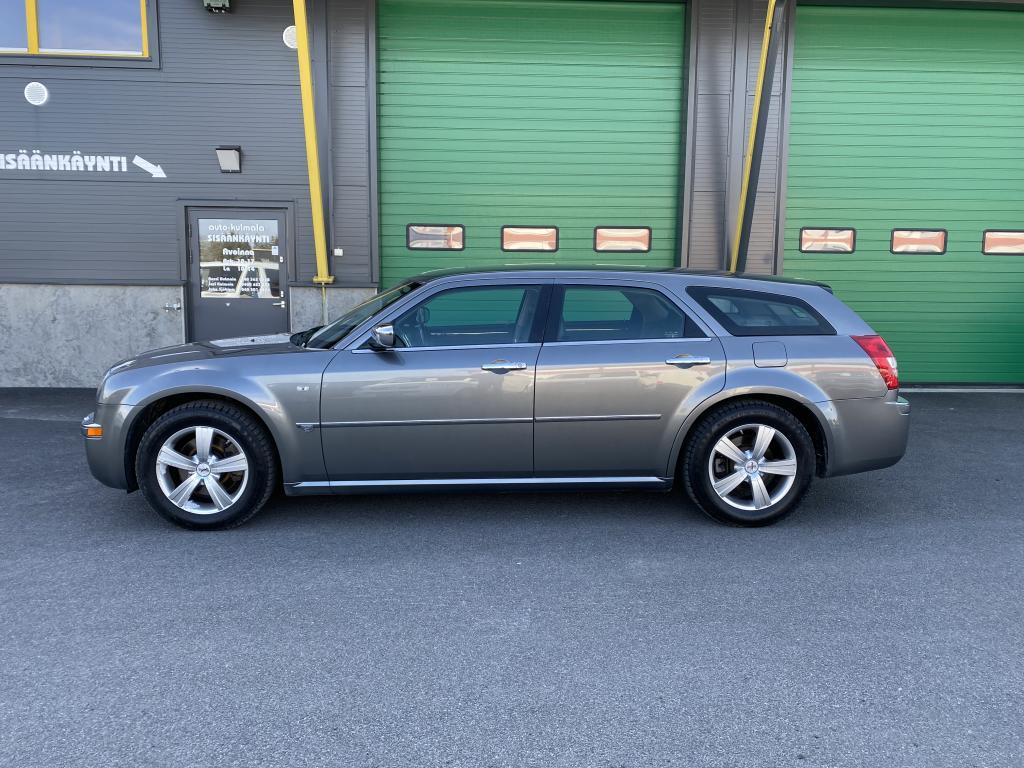 Chrysler 300C 2.7 V6Touring A *1.OMISTEINEN