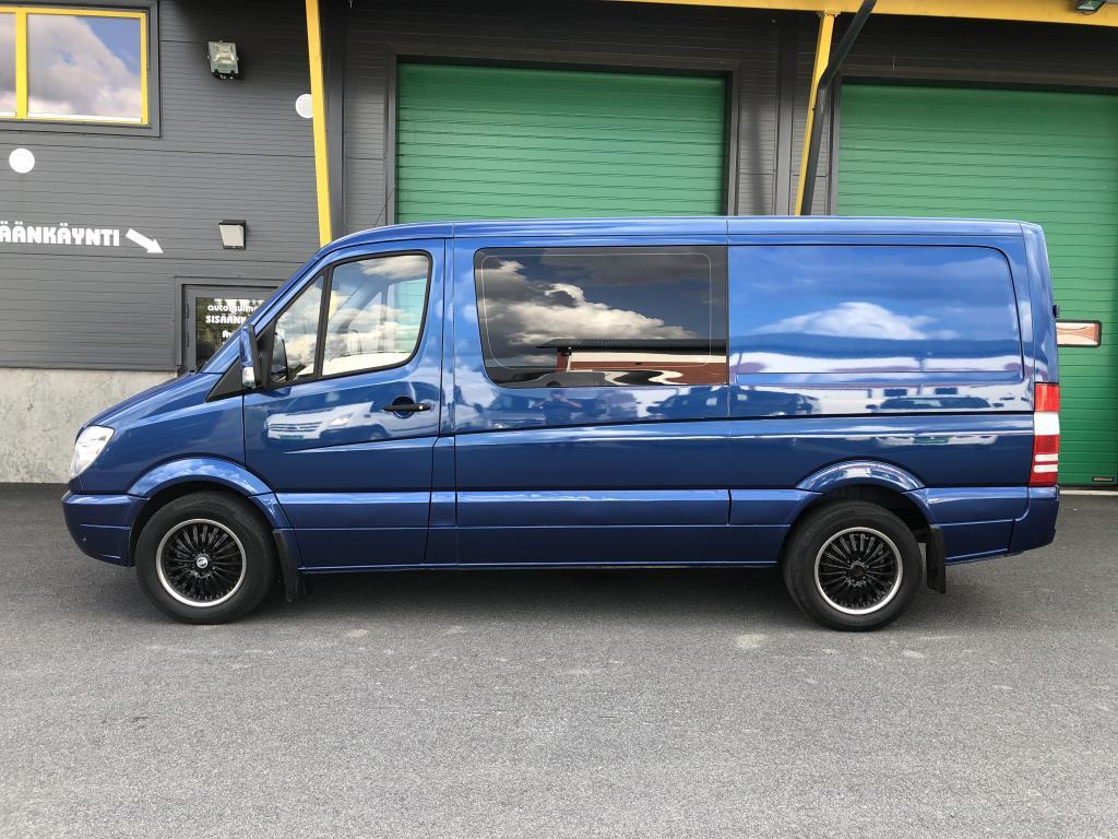 Mercedes-Benz Sprinter 318 CDI 3.0 V6 AUTOMAATTI 2+3 HLÖ:N KUORMA-AUTO