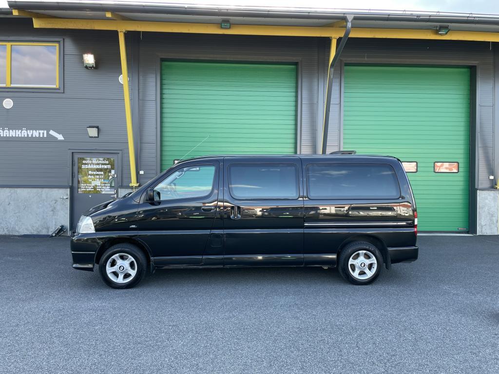 Toyota Hiace 2.5D-4D4X49HLÖ:NTILA-AUTO
