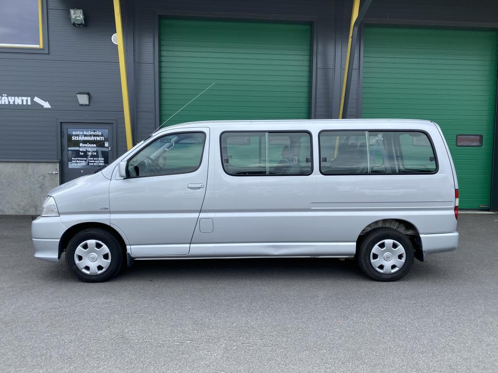 Toyota Hiace 2.5D-4D9HLÖ:NTILA-AUTO