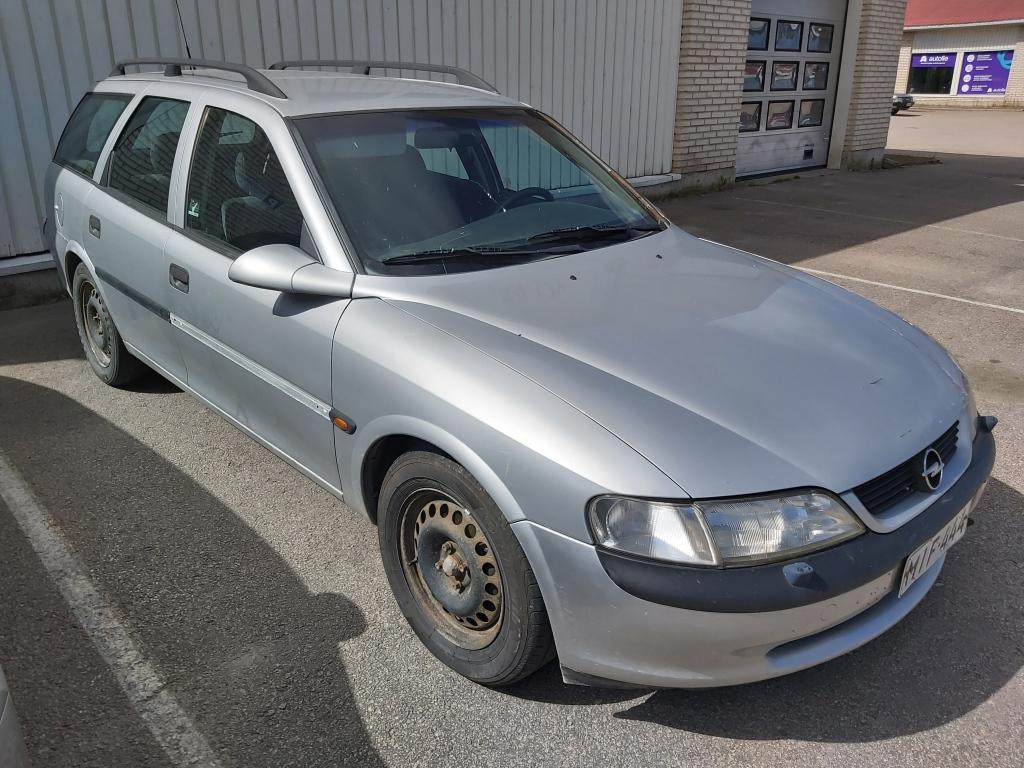 Opel Vectra, CARAVAN 1.8i