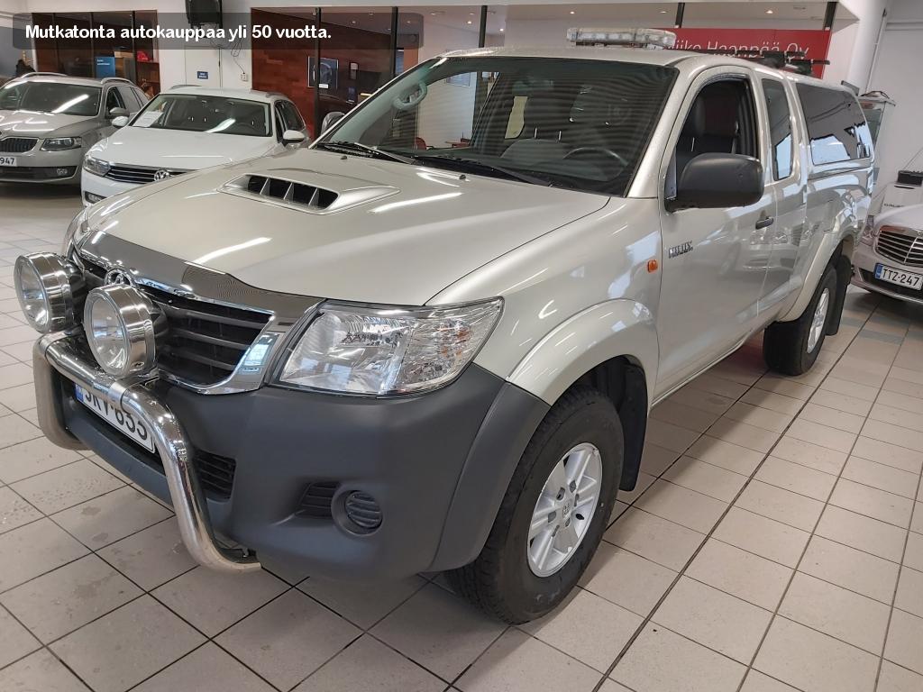 Toyota Hilux, EXTRA CAB 2.5 D-4D 4WD 144 DLX+