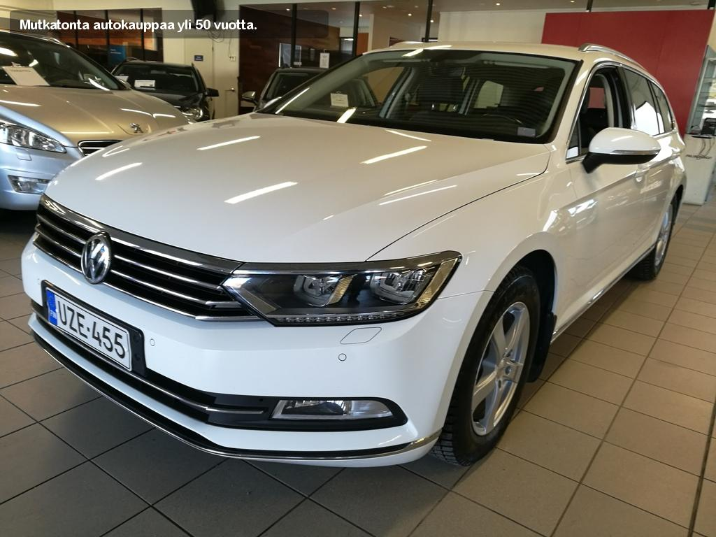 Volkswagen, VW PASSAT, 1.6TDI 88 Bluemotion Highline Variant A
