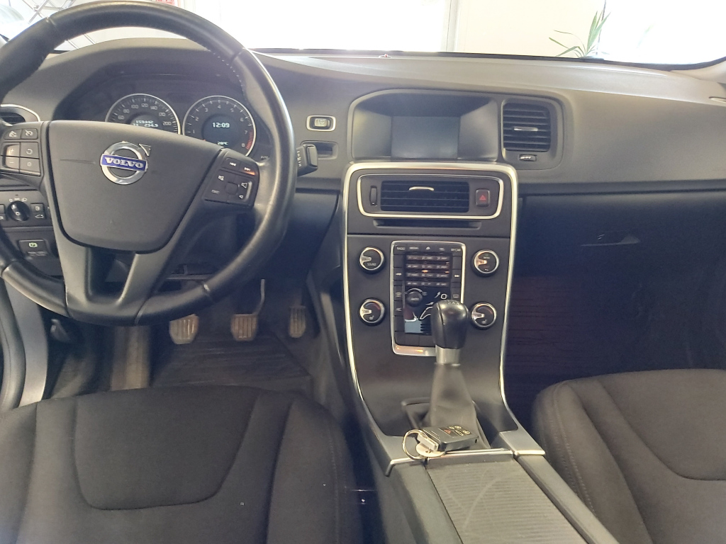 Volvo S60, T4F Kinetic Business