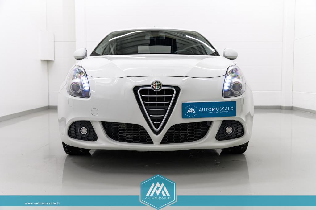 Alfa Romeo Giulietta Speciale 1, 4 T-jet 120hv Bensiini