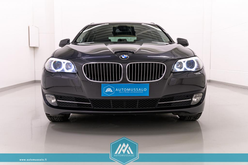 BMW 530 TwinPower Turbo A xDrive F11 Touring