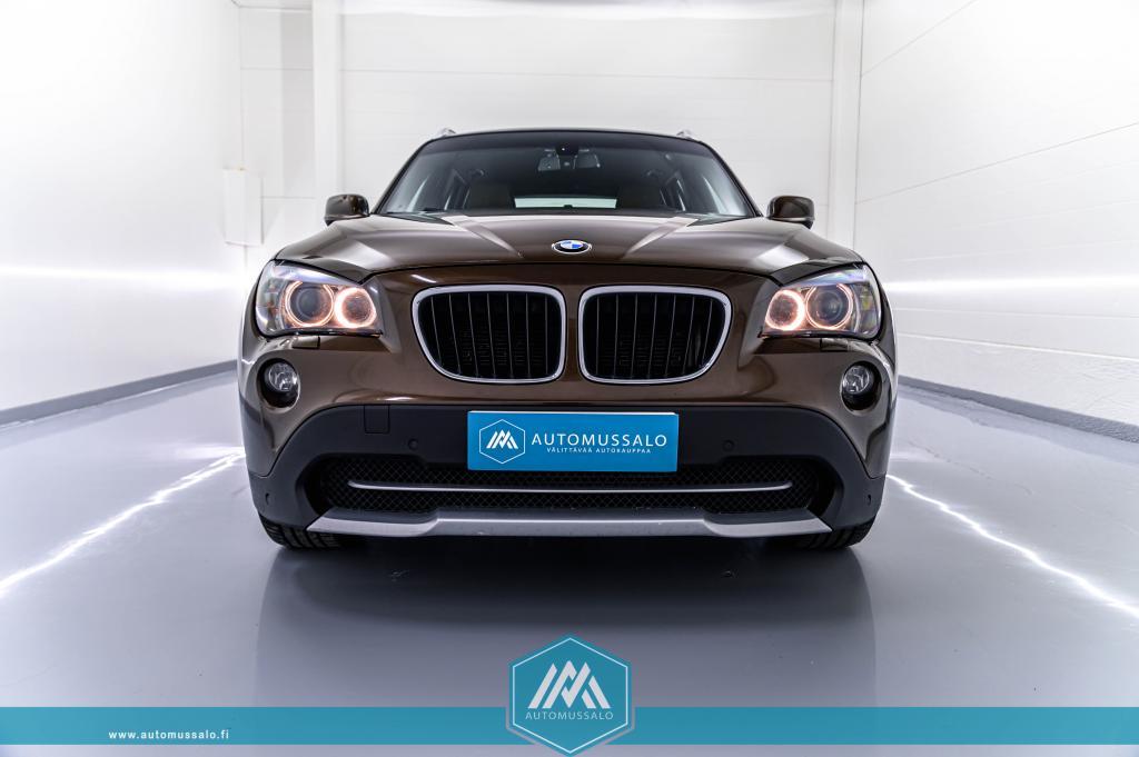 BMW X1 xDrive 20d A Business Shadow line