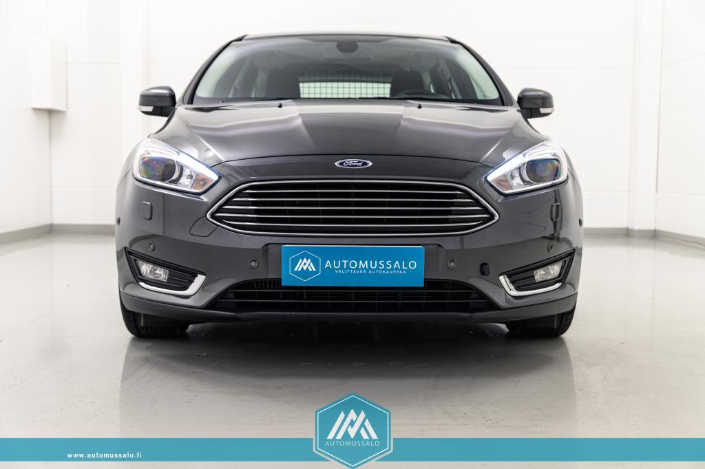 Ford Focus 1, 0 EcoBoost 125hv M6 Titanium