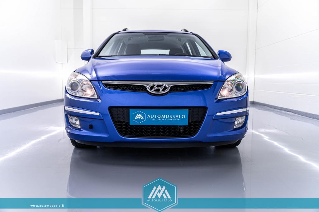 Hyundai i30 1, 6 CRDi 84kW Wagon Comfort