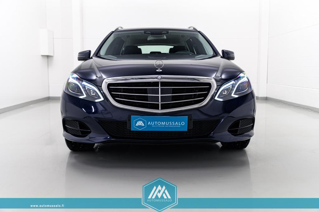 Mercedes-Benz E 300 Hybrid T BlueTEC