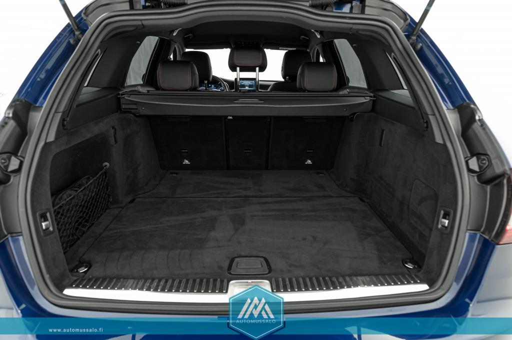Mercedes-Benz C 43 AMG 3.0 V6 Bi-Turbo