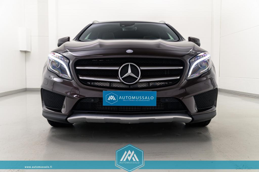 Mercedes-Benz GLA 250 4Matic AMG style