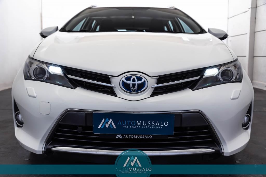 Toyota Auris 1, 8 Hybrid Touring Sports