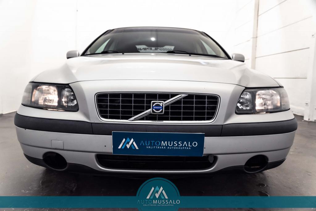 Volvo S60 4D SEDAN 2.4D