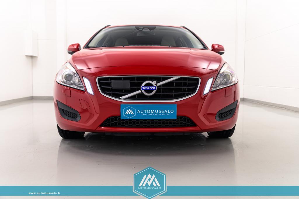 Volvo V60 D3 163hv Aut. Momentum +++