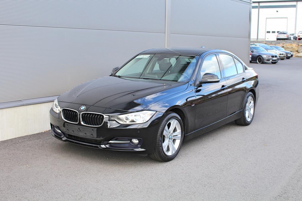 BMW 316, i Sport *XENON/NAVI/NAHAT/*