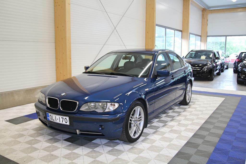 BMW 330, i A 4d *OSAMAKSULLA JOPA ILMAN KÄSIRAHAA*