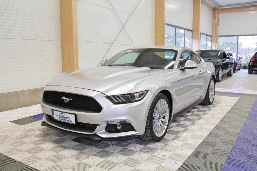 Ford Mustang, 2.3 EcoBoost 317hv Man *KATSEIDEN KERÄÄJÄ KESÄKSI*