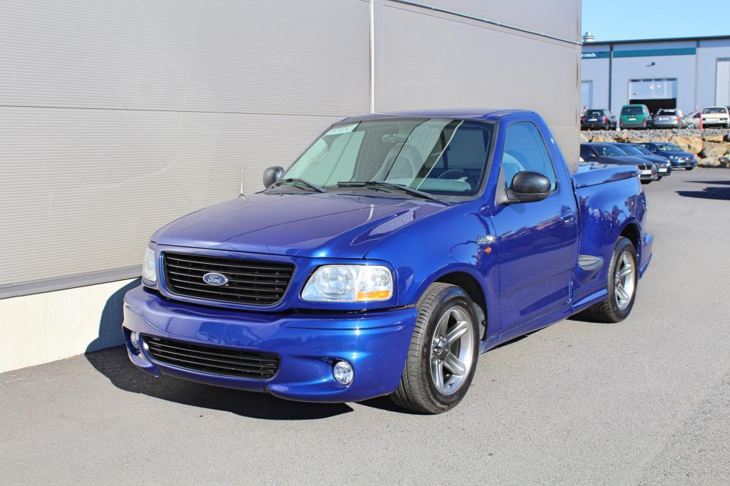 Ford F150, SVT Lighting 5, 4 Supercharged V8