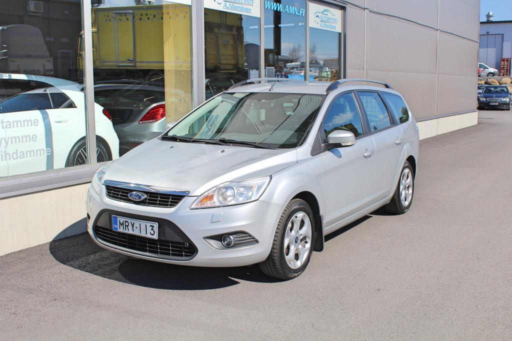 Ford Focus, 1, 6 100 Man Trend Design *XENON/VETOKOUKKU/AUT-AC/CRUISE*